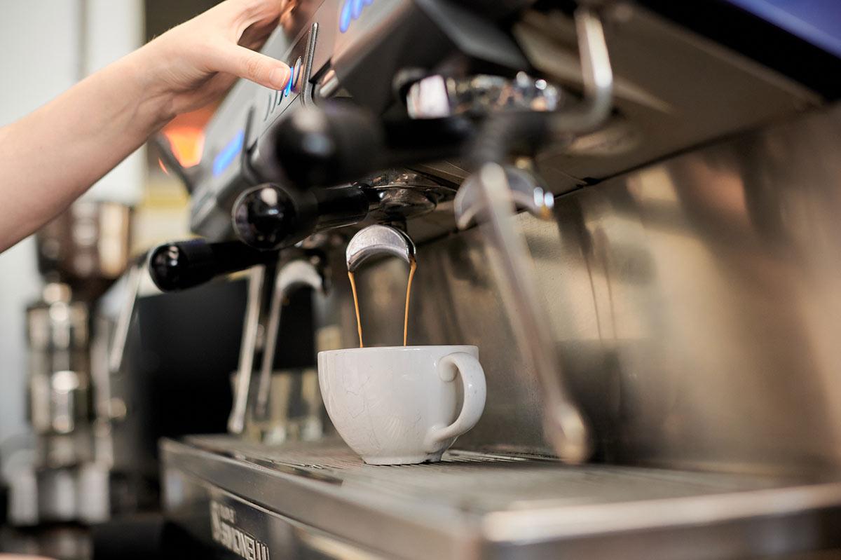 Moose Jaw - Espresso - Cappuccino - Coffee - Americano